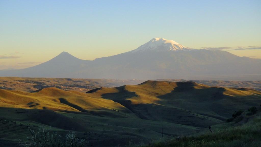 Coucher de soleil sur les hauteurs de Yerevan
